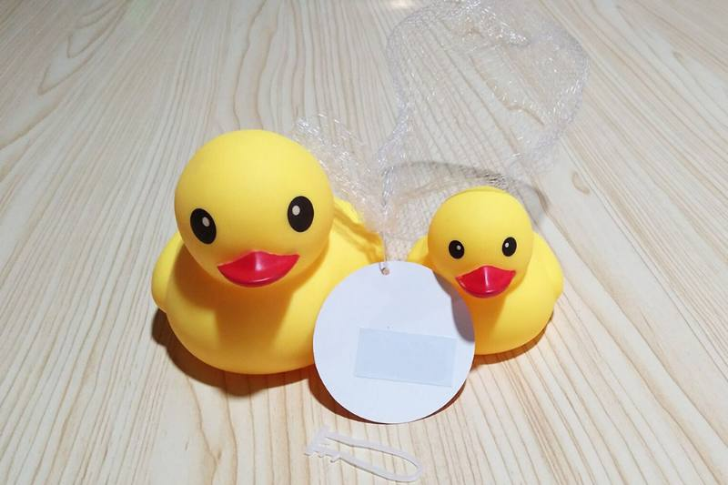 Baby bath toys vilyn soft plastic animal toys with sound No.TA226887