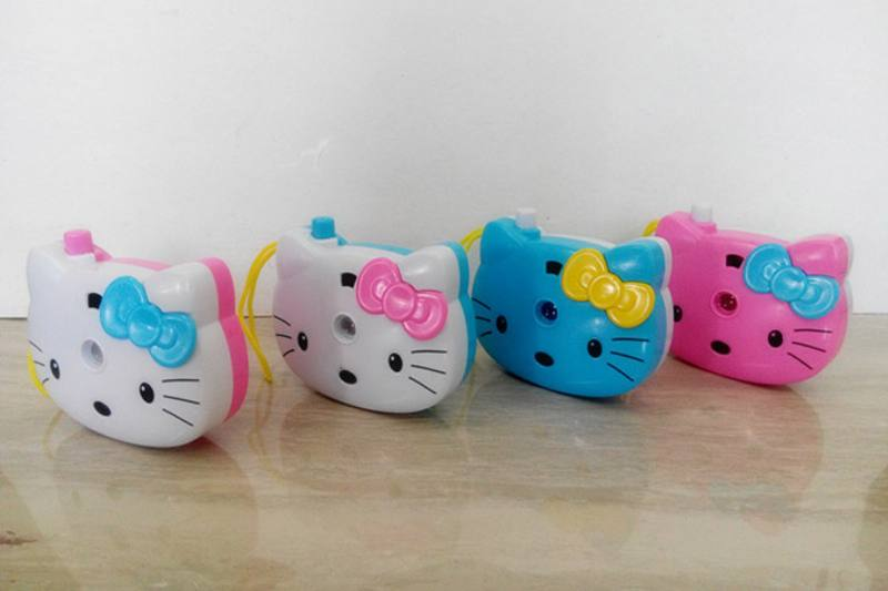 Children's cartoon camera toy series KT cat light projection camera (including electricity No.TA236244